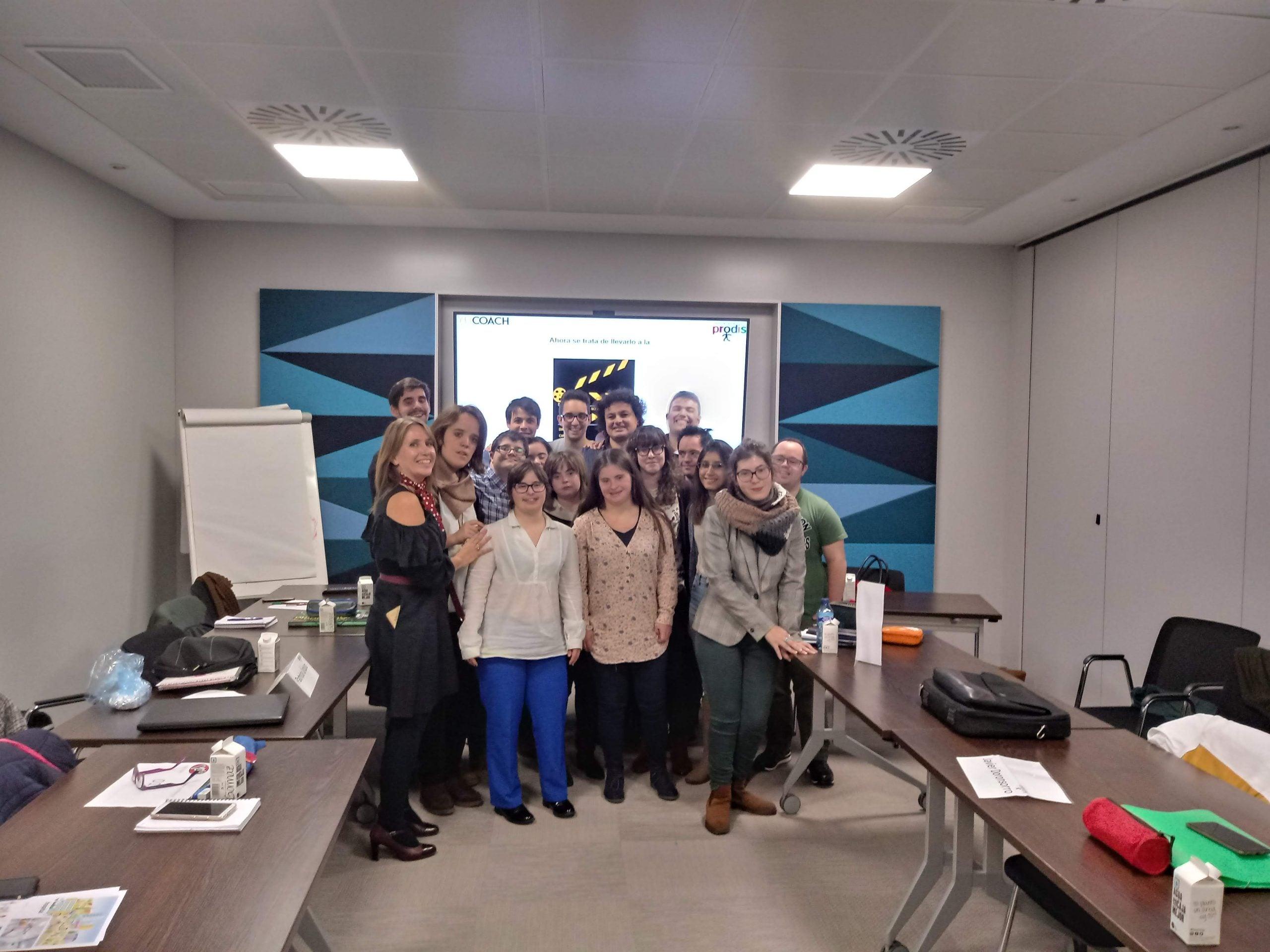 Grupo de jóvenes de Programa Empresa Fundacion Prodis